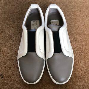 VINCE Leather Tennis Shoe- White/Gray/Black